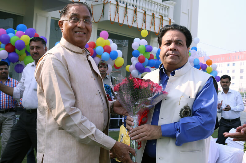 Shri Rajeev Shukla with Suresh Jain at TMU