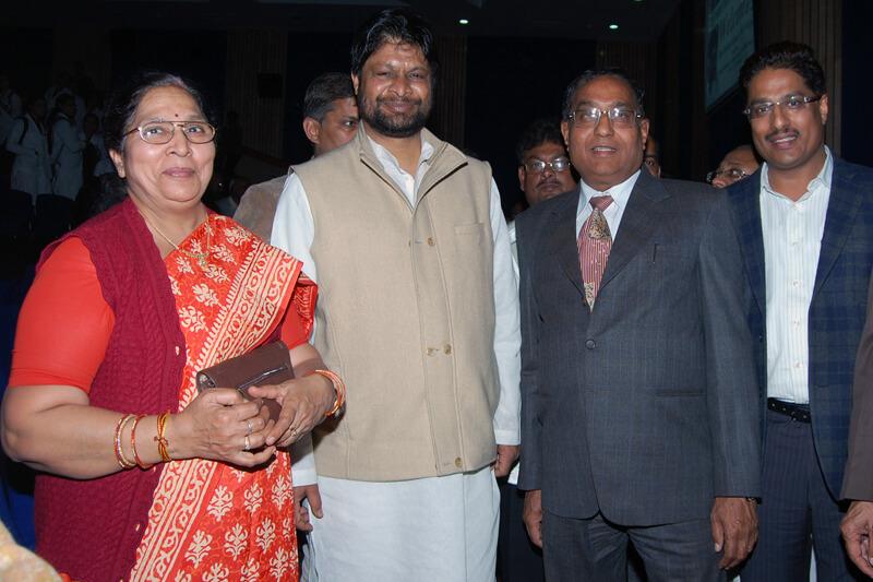 Shri Pradeep Jain Aditya with Suresh Jain at TMU